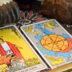 Tarot card reading can make your future prosperous